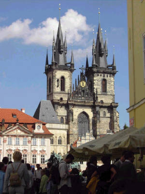 PRAGUE-OLDTOWN.jpg